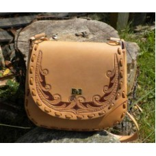 Handmade Leather Pioneer Style Handbag with Traditional Design.